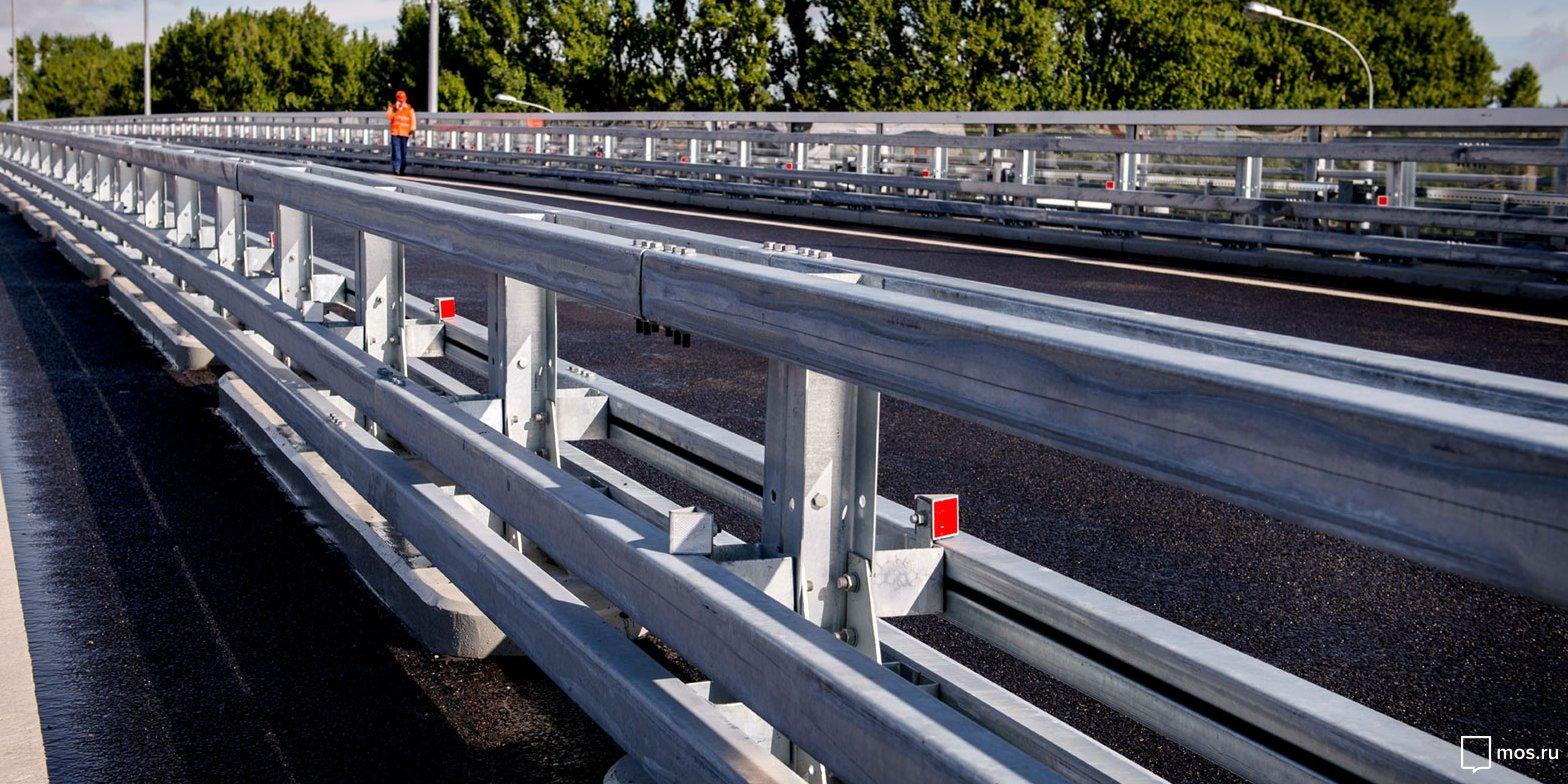 На Ленинградском шоссе построят дополнительные съезды и два путепровода. Фото:  mos.ru