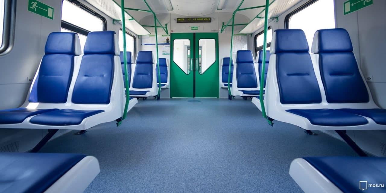 Первая в России система бесконтактной оплаты проезда в пригородных поездах заработала на Ленинградском направлении. Фото:   mos.ru