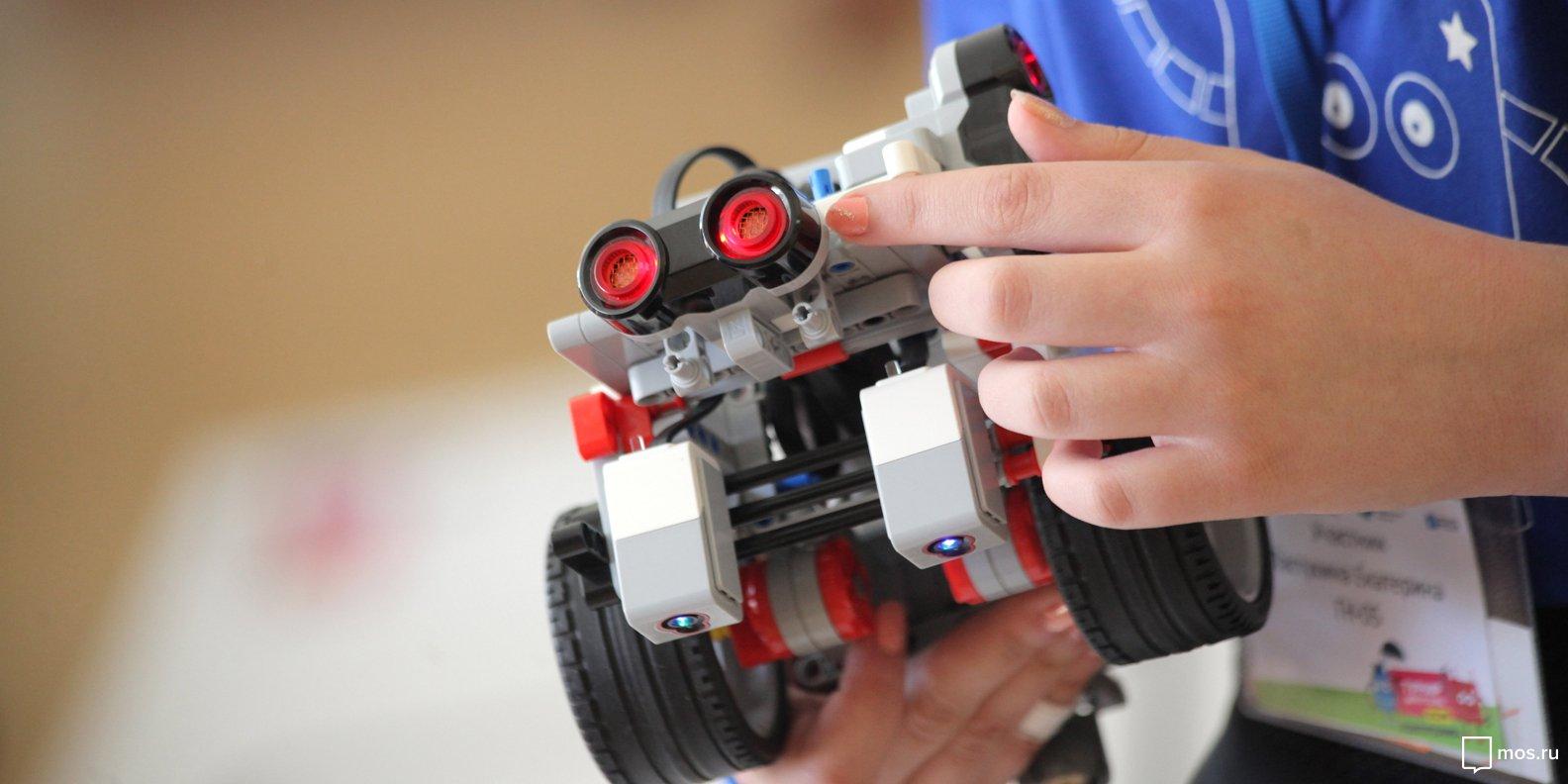 Команда из «Перспективы» победила в Чемпионате по робототехнике. Фото:  mos.ru