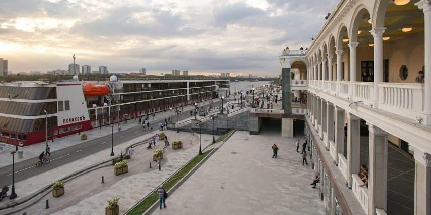 Территория Северного речного вокзала превратится в курорт с бассейнами. Фото: Е.Самарин mos.ru